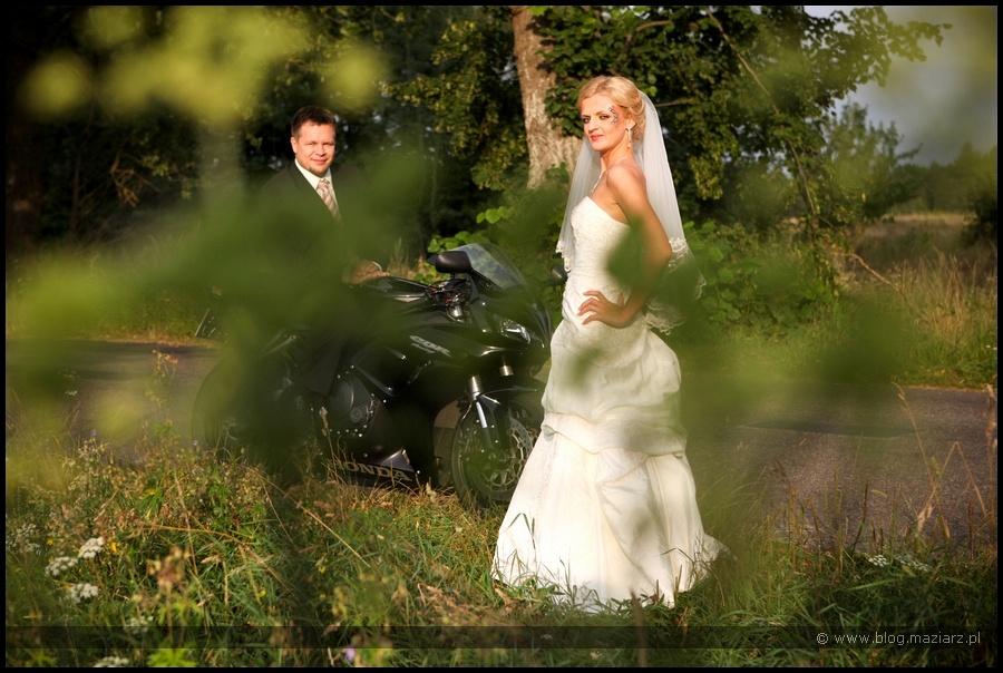 zdjęcia ślubne plener motor