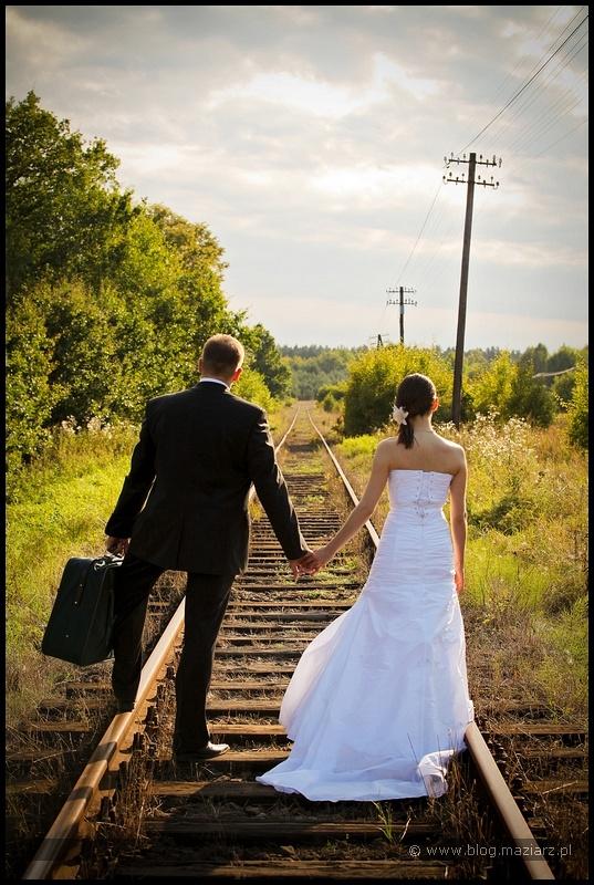 zdjęcia ślubne na torach